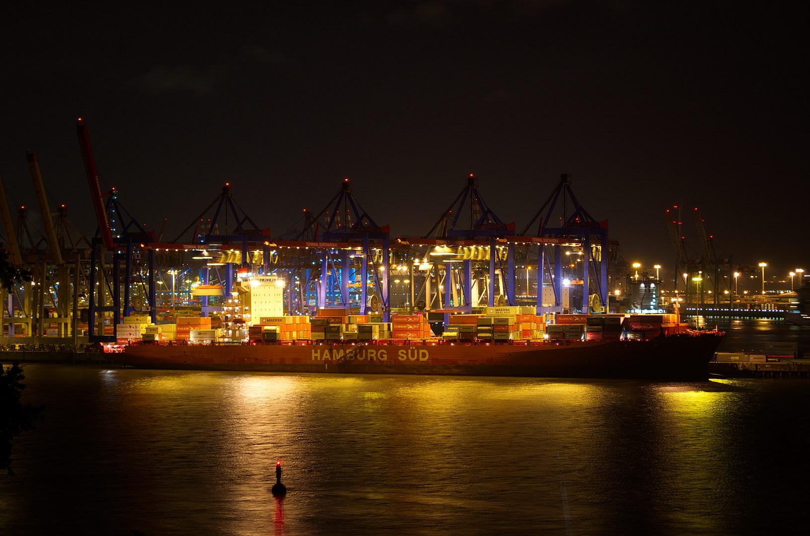 Fracht löschen Hafen Nacht Schiff Kräne Frachter Hamburg Süd