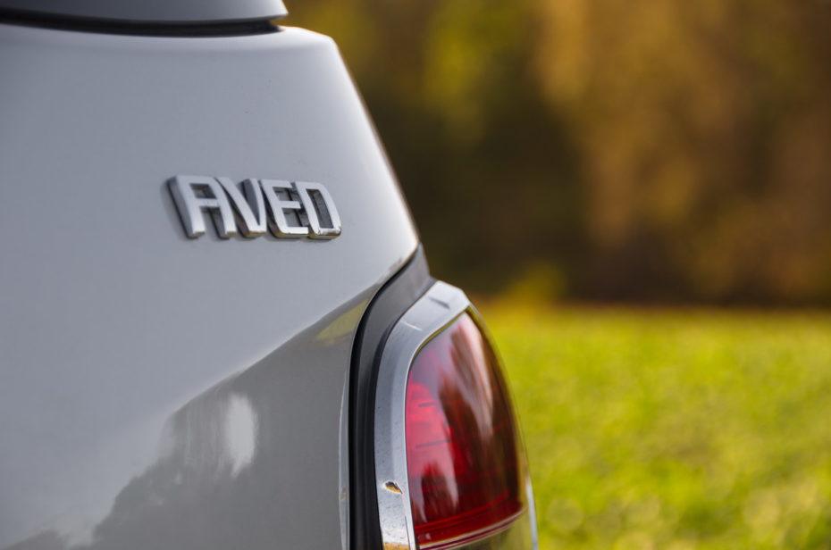 Chevrolet Aveo Heckleuchte Schriftzug Chrom Silber